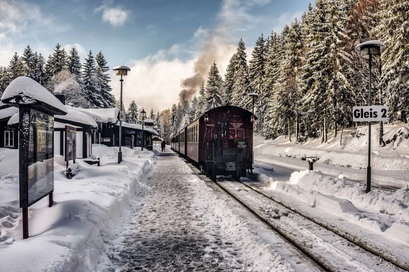 parní vlak v horách
